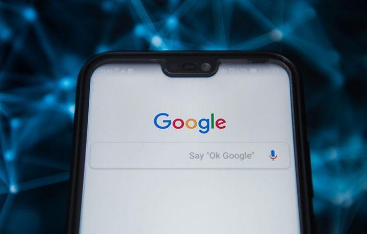 Google и Facebook обяжут платить создателям контента