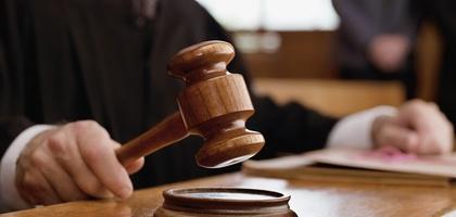 Ҳокимлик вакили билан «калла уриштирган» судьяга чора кўрилади - Олий суд