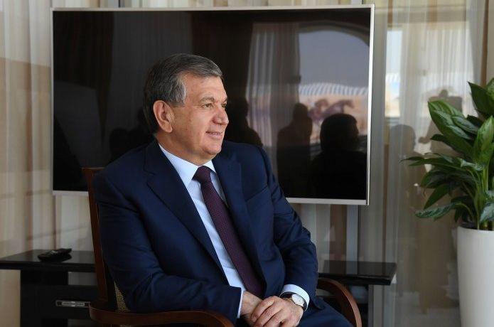 Шавкат Мирзиёев Куба раҳбари ва Черногория Президентини табриклади
