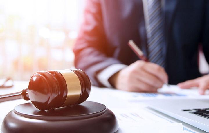 Тошкентда адвокат банкни судга бериб, ютиб чиқди