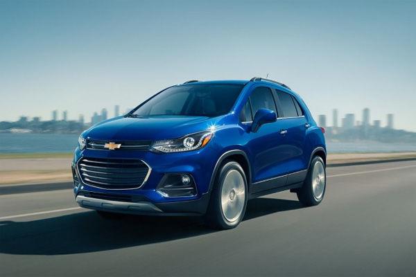 «GM Uzbekistan» «Chevrolet Malibu» va «Tracker»ni 2 yillik muddatli to'lovga sotib olishni taklif qildi